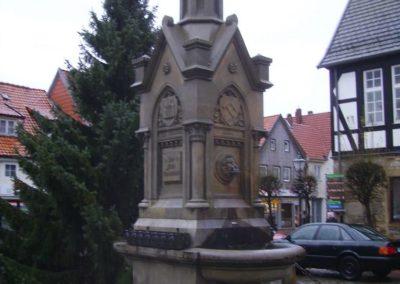 Heye Brunnen Obernkirchen (Vorzustand)