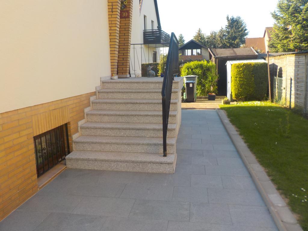 Natursteinarbeiten - Verarbeitung für Haus und Garten