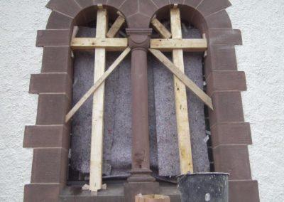 Bei der Arbeit - Restaurierungsarbeiten Kirche Holzminden