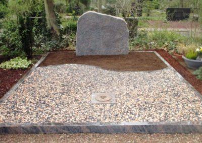 Doppelgräber Granit 0058