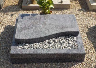 Urnengräber Granit 0022