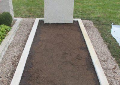 Einzelgräber Granit 009