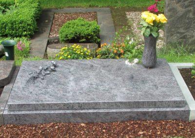 Urnengräber Granit 0080