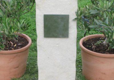 Einzelgräber Sandstein 008