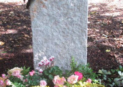 Urnengräber Sandstein 004