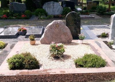 Doppelgräber Granit 001