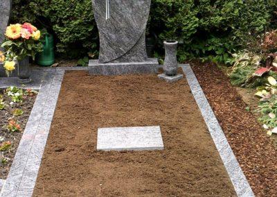 Einzelgräber Granit 0013