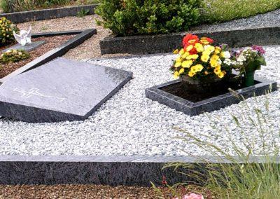 Doppelgräber Granit 004