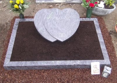 Urnengräber Granit 00147
