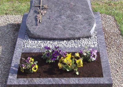 Urnengräber Granit 00148