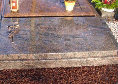 Urnengräber Granit 00149