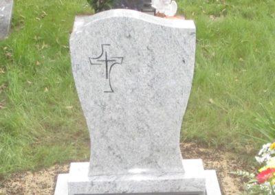 Einzelgräber Granit 0017