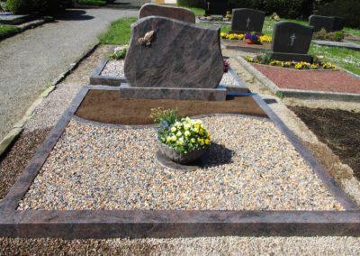 Doppelgräber Granit 0013