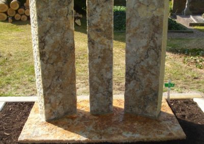 Doppelgräber Sandstein 0011