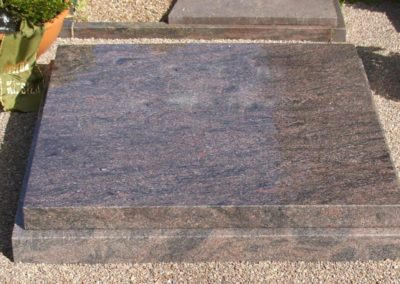 Urnengräber Granit 00261