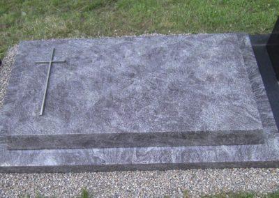 Urnengräber Granit 00279
