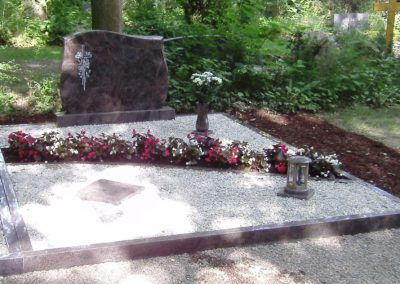 Doppelgräber Granit 0022