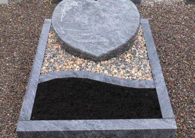 Urnengräber Granit 00294