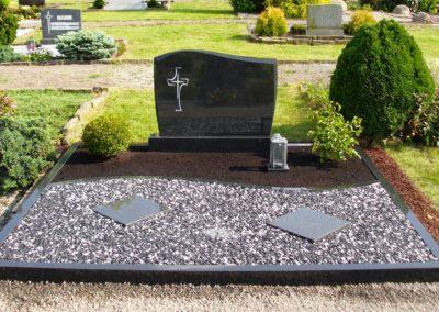 Doppelgräber Granit 0025