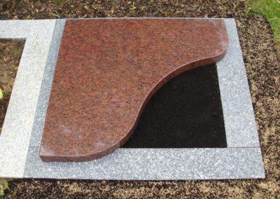 Urnengräber Granit 00306