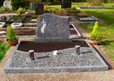 Doppelgräber Granit 0033