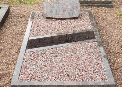 Einzelgräber Granit 0029