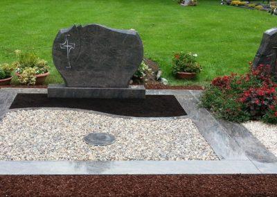 Doppelgräber Granit 0035