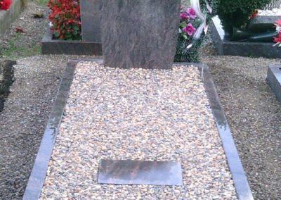 Einzelgräber Granit 0026