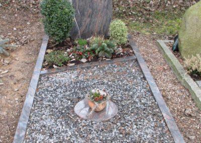 Einzelgräber Granit 0031