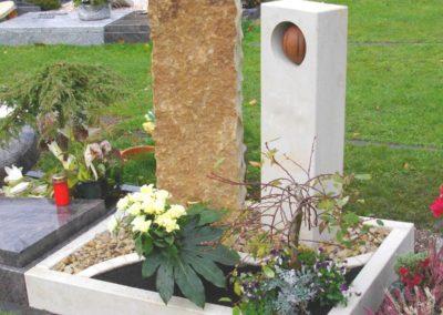 Urnengräber Sandstein 001