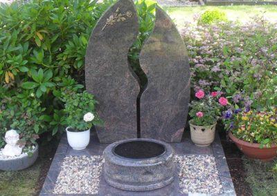 Urnengräber Granit 0016