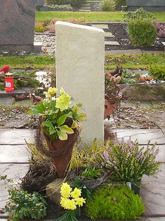 Grabdenkmal_0015
