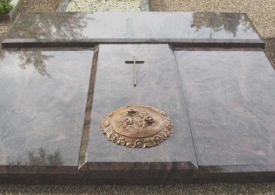 Grabdenkmal_006